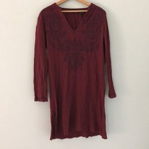 Express crepe embroidered tunic size m